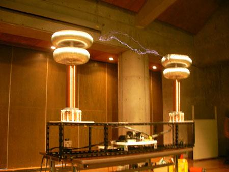 八谷Pプロデュース テスラコイル(DRSSTC) Tesla coil (DRSSTC)
