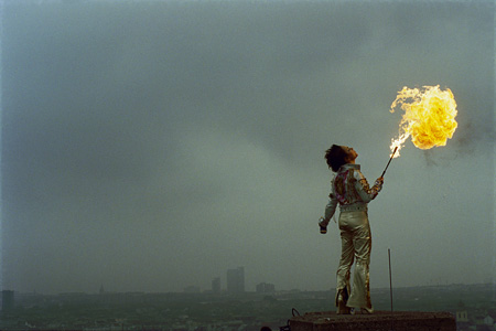 "Ursula Mayer ""Goldflames Out In The Sky"" 2002, Still from the DVD, color, sound, (3 min 30 sec), Courtesy of the artist"