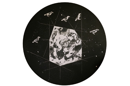 constellation#2/ chalk on black board/ 140×140 cm/ 2010 ©Artist and g³/ gallery
