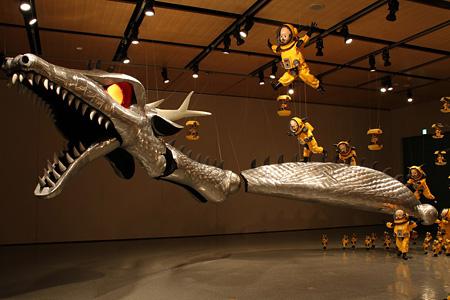 ヤノベケンジ「ラッキードラゴン」2009