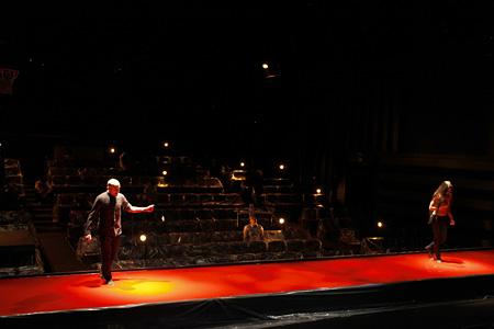 F/T09秋『4.48 Psychosis』舞台写真 ©石川純