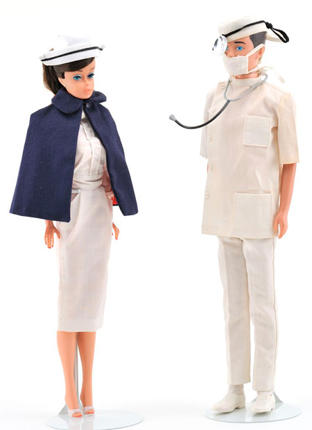 バービー&ケン セット Registered Nurse & Dr. Ken ©2010Mattel,Inc.All Rights Reserved.