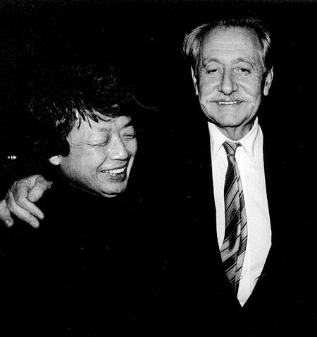 倉俣史朗とエットレ・ソットサス 1990年、日本にて Photo:Takayuki Ogawa
