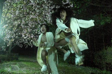『堀川中立売』©2010 SHIMA FILMS