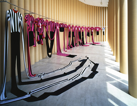 """""""World Cup"""" 1994-1998.  17 objects in variable dimension and situation.  Black,white and pink polyester clothes with silkscreen, hangers.(参考作品)"""