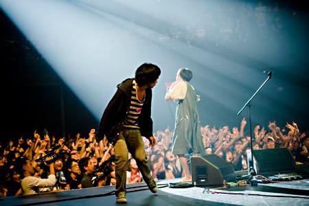 ©2011『劇場版 神聖かまってちゃん』製作委員会
