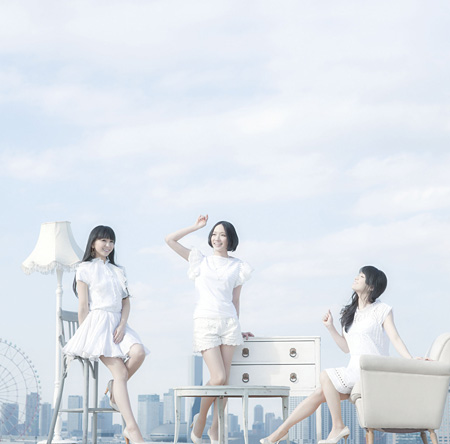 Perfume『レーザービーム/微かなカオリ』通常盤