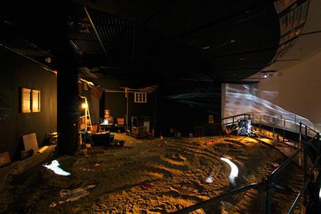 《A Big Blow-job》2004 年/2011 年再制作 広島市現代美術館での展示風景 撮影:中尾俊之(CACTUS)