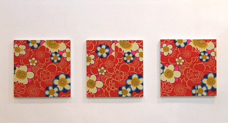 Untitled 2010 70x70cm各3点