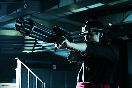 『極道兵器』©2010 KEN ISHIKAWA/Dynamic Planning-YAKUZA WEAPON Film Partners
