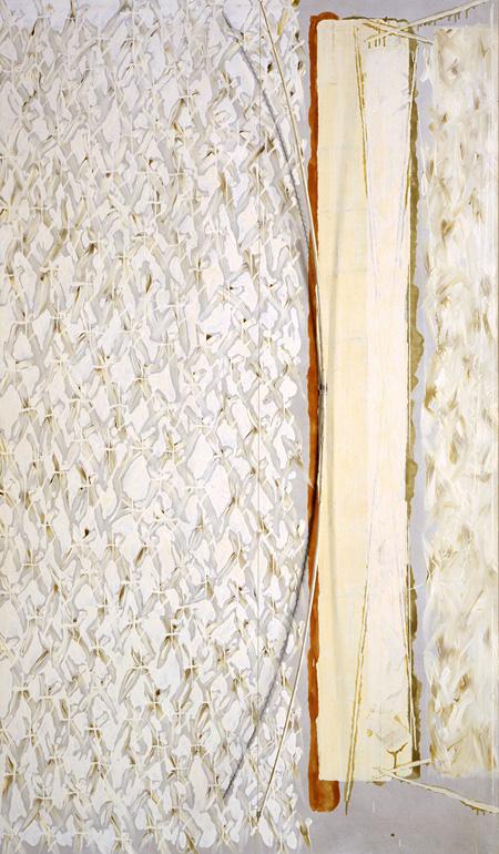 中西夏之《弓形・弓ぬき》1980年 油彩、キャンヴァス、弓(寄託)