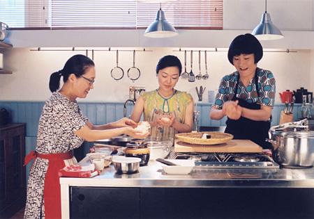 『かもめ食堂』©かもめ商会 PHOTO 高橋ヨーコ