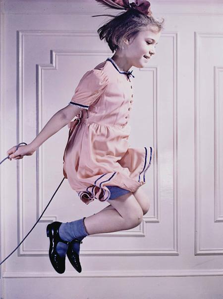 縄跳びするマリー・ルー ハロルド・ユージン・エジャートン 1940年 ダイ・トランスファー・プリント