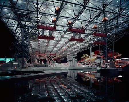 《日本万国博覧会 お祭り広場》 1970年 撮影:新建築社写真部