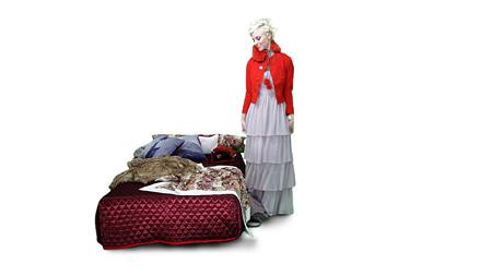 """海のバレエ2「THEATRE PRODUCTS 2011A/W colleciton """"HOUSING"""" AR ファッションショーより」"""