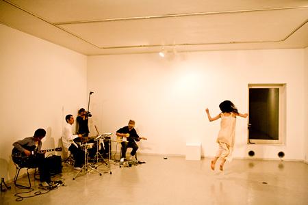 ホナガヨウコ ©Yoko Hanaga