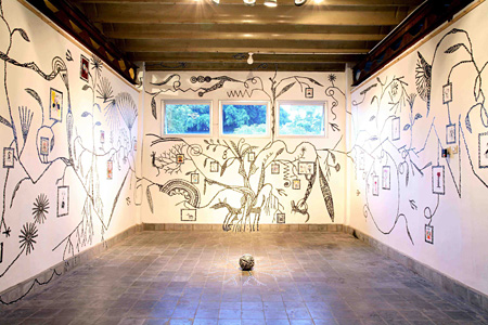 2008年『Masking Plant・絵のなる樹』 写真:細川葉子