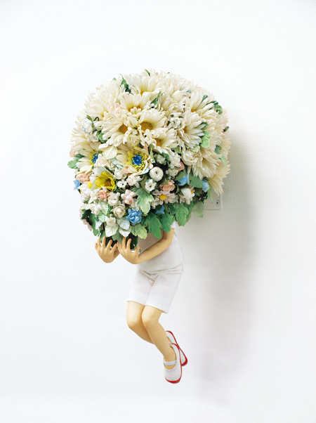 大江慶之『flower head』mixed media 40 × 20 × 22 cm 2010