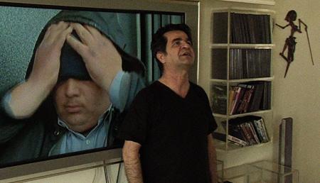 『これは映画ではない』(監督:ジャファール・パナヒ、モジタバ・ ミルタマスブ)