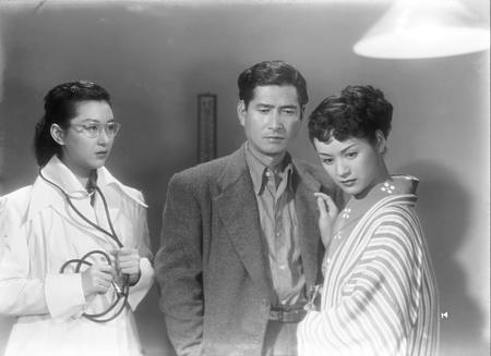 『とんかつ大将』(監督:川島雄三)©1952 松竹