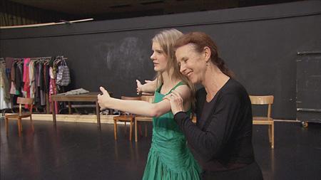 『ピナ・バウシュ 夢の教室』©20111216_pina