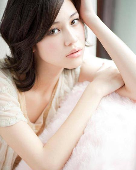 吉川こずえ(りりこの後輩モデル)役の水原希子 ©2012映画『ヘルタースケルター』製作委員会