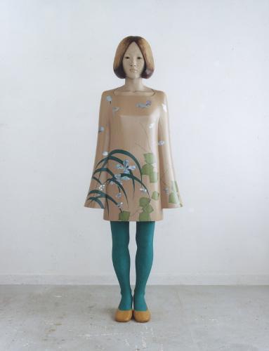 保井智貴《calm》 2009年 漆、麻布、螺鈿、岩絵具、膠、黒曜石、琥珀、大理石、その他