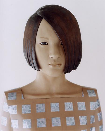保井智貴《capsule》 2008年 漆、麻布、螺鈿、岩絵具、洋金粉、膠、黒曜石、大理石、その他