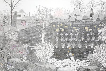 須藤由希子《仙川の畑 - 斜面》 2010年 アクリル、鉛筆/パネル貼りカンヴァス Courtesy of the artist and Take Ninagawa Tokyo