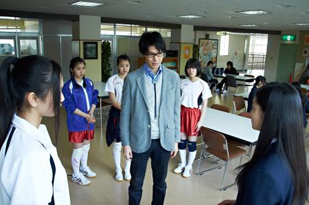 映画『鈴木先生』より ©武富健治/双葉社 ©映画「鈴木先生」製作委員会