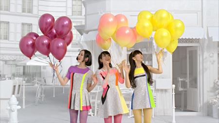 『キリンチューハイ 氷結やさしい果実の3%』の『氷結 Balloon』篇より