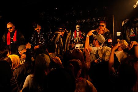 『SRサイタマノラッパー ロードサイドの逃亡者』©2012「SR3」製作委員会