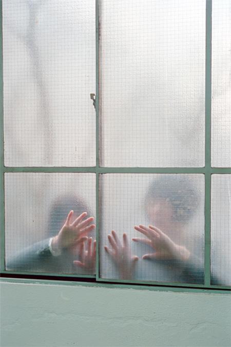 プロジェクト・アンダーク(Phew、小林エリカ) 撮影:ホンマタカシ