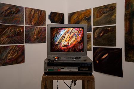 松本力「終わりを照らすもの 1」 Take Ninagawa(東京) 2010 Photo by Kei Okano
