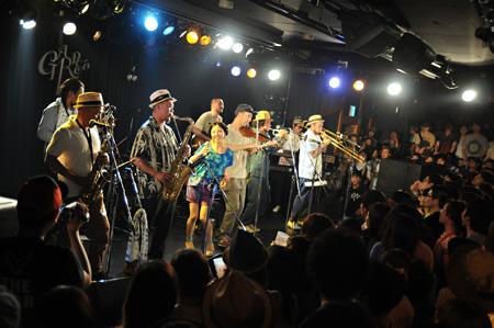 2011年6月に行われた『Shimokitazawa Indie Fanclub』の模様