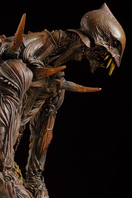巨神兵像「巨神兵像」竹谷隆之作 ©2012 二馬力・G