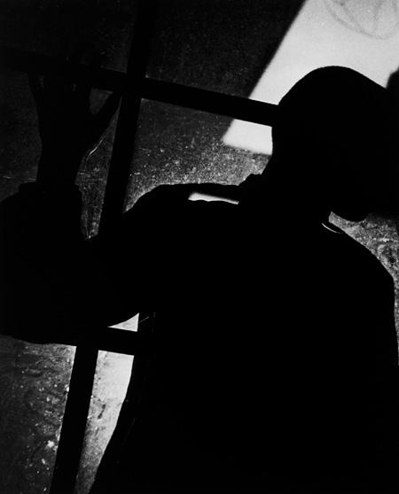 『シルウェット』1936年 ©Shoji Ueda office 2012