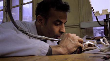"""『ハート&クラフト』©""""Hearts and Crafts""""  A film by Frédéric Laffont and Isabelle Dupuy-Chavanat, 2011"""