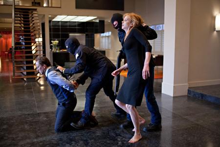 『ブレイクアウト』 ©2011 TRESPASS PRODUCTIONS, INC.All Rights Reserved.