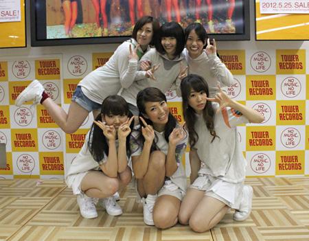 2012年6月2日に開催されたタワーレコード新宿インストアイベントの模様
