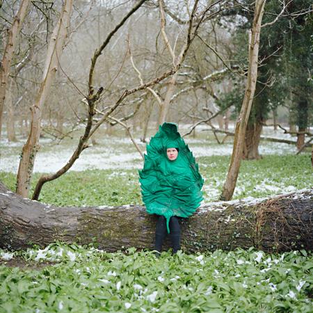 リータ・イコネン バード&リーフ(2008) ©アニャ・シャフナー
