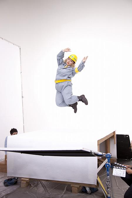 「Fit's」CM『道路工事篇』メイキング風景、渡辺直美