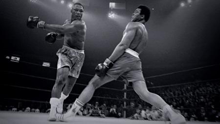 伝説のボクサー記録映画『フェイシング・アリ』公開記念トークに『刃牙 ...
