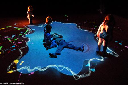 スタジオ・アッズーロ≪水たまり≫2006年 ©studio azzurro produzioni