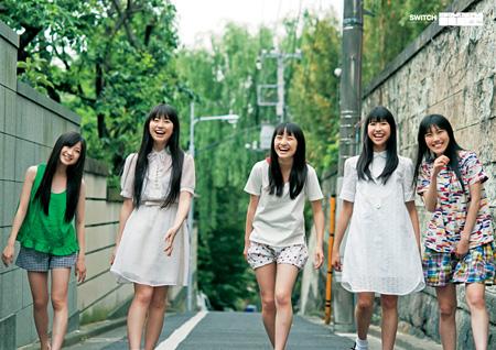 ももいろクローバーZ photography: Shintsubo Kenshu(『SWITCH 特別編集号 ソーシャルカルチャーネ申 1oo The Bible』より)