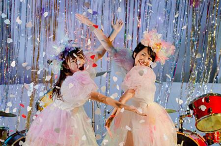 『映画バンもん!〜あなたの瞬きはパヒパヒの彼方へ〜』©2012 Warner Music Japan Inc.