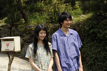 『きいろいゾウ』©2013西加奈子・小学館/「きいろいゾウ」製作委員会
