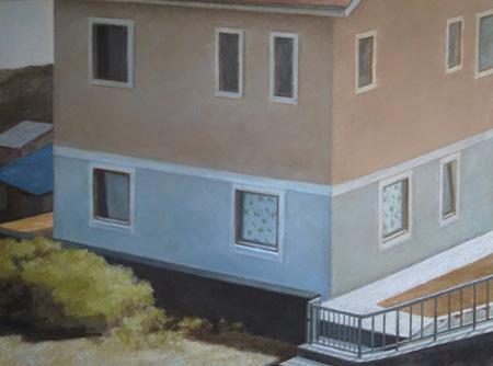 竹内奏絵『角の2つの窓のカーテン』 2012年キャンバスに油彩 97×130.3cm