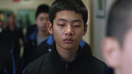 『未熟な犯罪者』©2012 NATIONAL HUMAN RIGHTS COMMISSION OF KOREA & SOUTH PARK FILM All Rights Reserved.