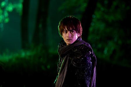 『牙狼<GARO>〜蒼哭ノ魔竜〜』©2012 雨宮慶太/東北新社